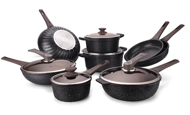 如何选择一款好用的锅具呢?大鹰教你在厨房里需要的锅具